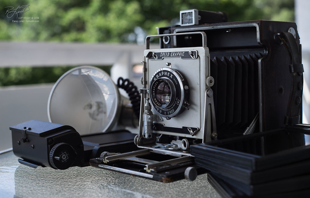 A typical Graflex 4x5 Press Camera - Rescued and Ready [ Zeiss Contax 35-70mm f/3.4, 35mm @ f/5.6 ]