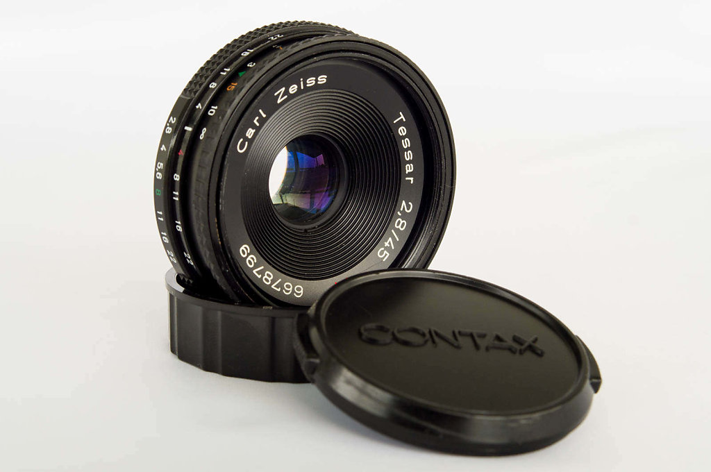 Carl Zeiss Tessar T* 45mm f/2.8 for Contax