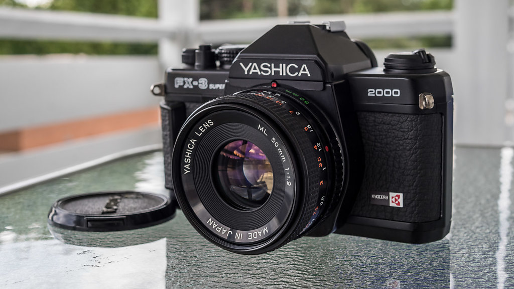 Yashica FX-3 2000 Super w/ ML 50mm f/1.9